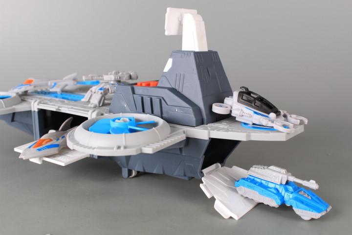 Космически кораб със звукови ефекти