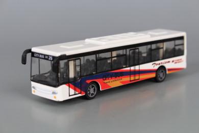 Метален автобус