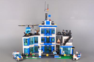 Конструктор Полиция-1215 елемента